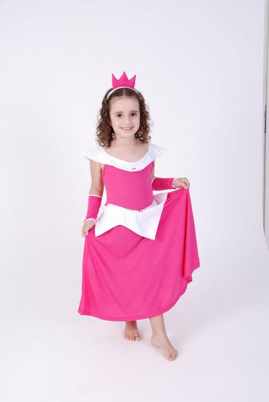 Camisola Princesa Rosa Branca, Bela Adormecida - 8 anos - Lé com Cré