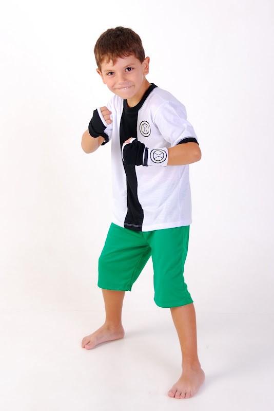 Pijama Fantasia Super-Herói Verde e Branco, Ben 10 - 4 anos - Lé com Cré