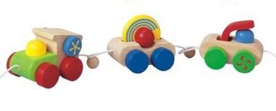 Trenzinho de Puxar- Plan Toys - Happy Engine
